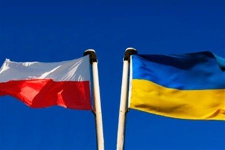 В Польше введут плату за получение рабочей визы для граждан Украины