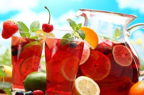 Какими напитками не стоит утолять жажду