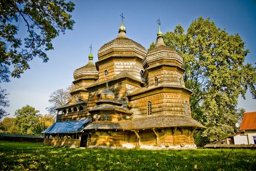 Виртуальный тур деревянными церквями Карпат