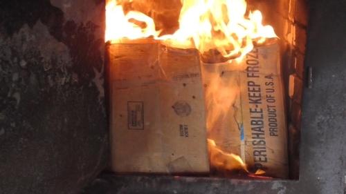 В России сожгли 200 кг красной икры