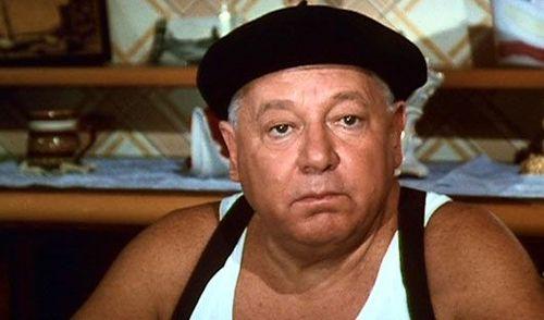 Умер комик Паоло Вилладжо, известный по фильмам про Фантоцци