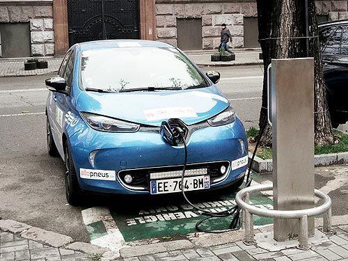 В Украине будут готовить механиков по ремонту электромобилей