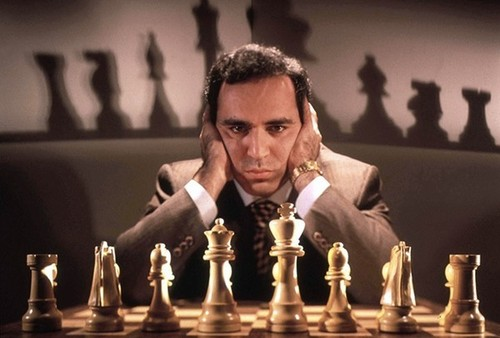 Гарри Каспаров возвращается в большие шахматы