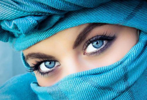 Колдовская магия синих глаз