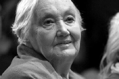 Скончалась старейшая актриса МХТ имени Чехова Кира Головко