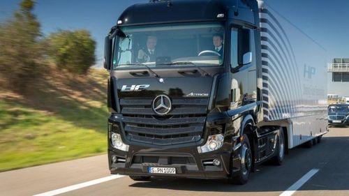 Британия начинает испытания беспилотных грузовиков