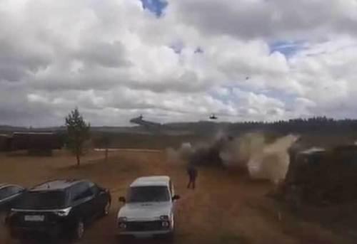 """На учениях """"Запад 2017″ вертолет расстрелял гражданских (ВИДЕО)"""