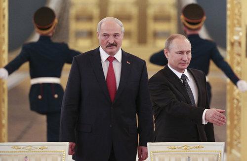 Кремль берет Лукашенко и Беларусь под полный контроль