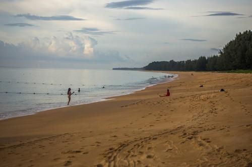 В Таиланде ввели запрет курения на пляжах