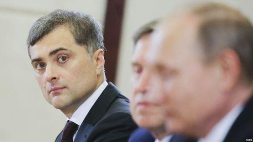 Советник Путина Сурков сошел с ума — СМИ