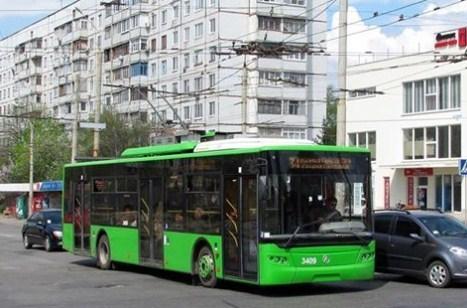 """На троллейбусе от ст. м. """"Героев Труда"""" до ул. Натальи Ужвий"""