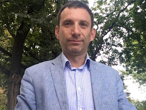 """""""Самая главная проблема - это не Саакашвили, а непопулярность власти и отсутствия доверия к ней"""" - Виталий Портников"""