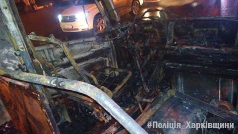 В Харькове во время движения загорелась маршрутка