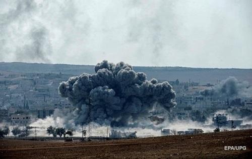 Авиация РФ сбросила бомбы на жилые кварталы пригорода Дамаска