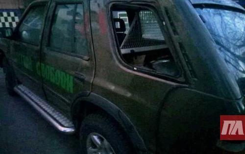 В Полтаве ограбили авто волонтеров с подарками для бойцов АТО