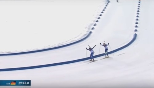 Благородный поступок Домрачевой на финише гонки (ВИДЕО)