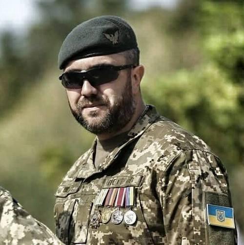"""""""«Пост с петлёй на шее»..."""" - Алексей Петров"""