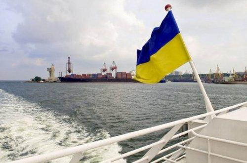 В тюрьмах Греции находятся более 200 моряков из Украины