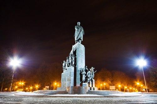 Достопримечательности Украины: Харьков. Памятник Тарасу Шевченко