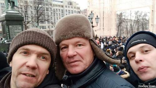 """""""Мы летим в огромную яму"""". Интервью с бизнесменом, выступившим против Путина"""