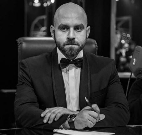 «Ошибки выжившего» - Павел Казарин