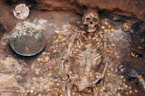 Археологи обнаружили захоронение богатейшего в мире пирата