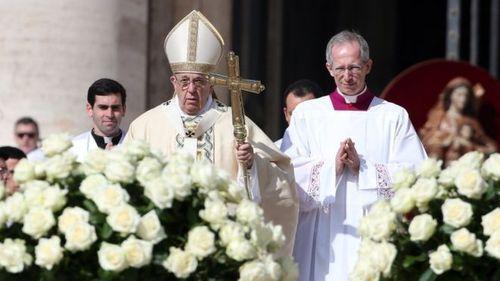 Папа Римський у своєму посланні закликав до миру в Україні