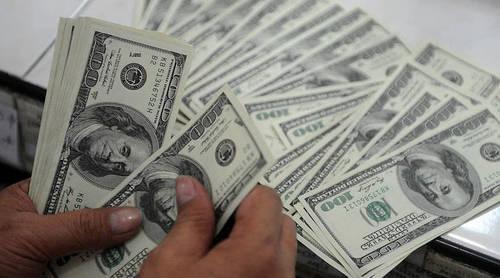 Новая неделя: когда стоит покупать валюту