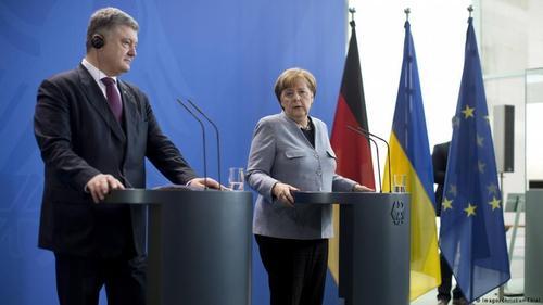 Порошенко в Берлине у Меркель: газ и Донбасс
