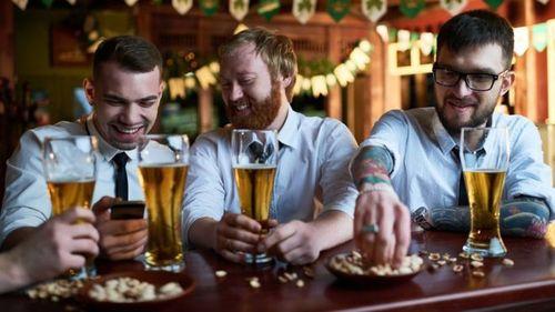 Кружка пива в день сокращает жизнь на полгода