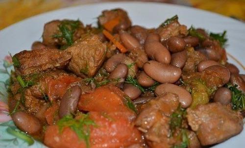 Мамины секреты «Тушеное мясо с фасолью»