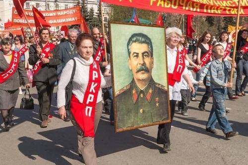 Почему Сталин не праздновал «день победы»?