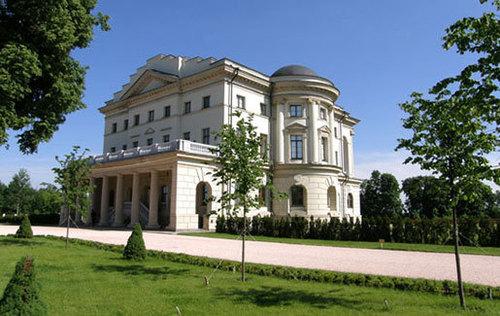 Достопримечательности Украины: Дворец Разумовского в Батурине