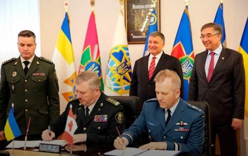 Украина и Канада подписали соглашение о военном сотрудничестве