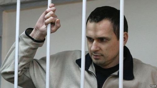 Олег Сенцов согласился получать поддерживающую терапию