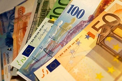 Кипр может закрыть счета россиян в своих банках