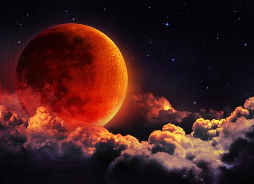 27 июля - самое длинное лунное затмение в ХХI веке