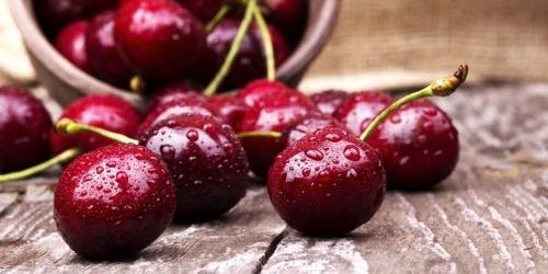 Как правильно хранить сезонные фрукты и ягоды летом