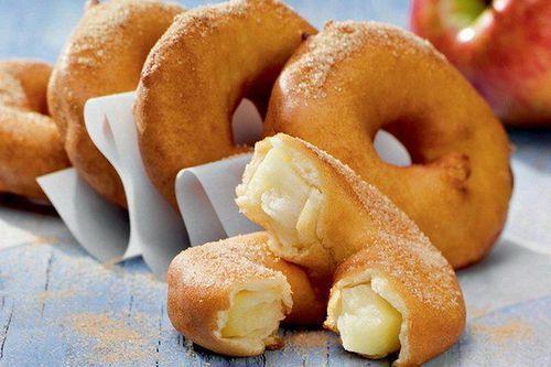 Мамины секреты «Яблочные кольца в сметанном кляре»