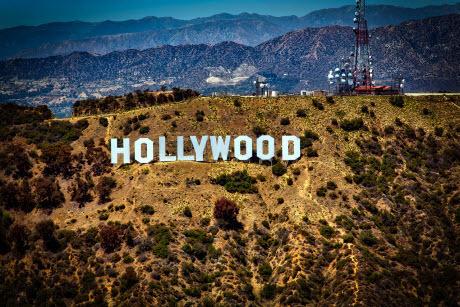 Что сгубило юных голливудских звезд 90-х