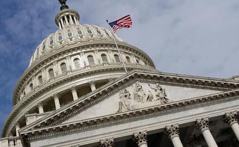 Конгресс США планирует поручить разведке  оценить активы Путина, его семьи и друзей