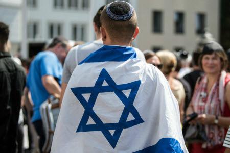 Ответственны ли мигранты за рост антисемитизма в Европе