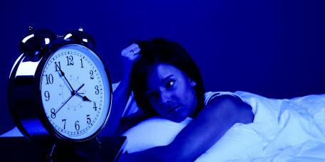 Почему вы просыпаетесь ночью