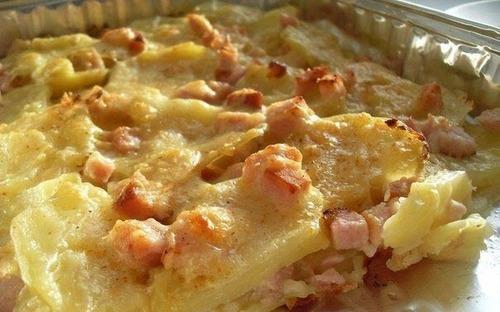 Мамины секреты «Картофель запеченный с сыром и карбонадом»