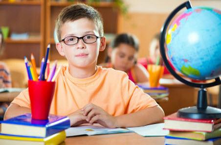 Министерство образования получает информацию о нарушениях прав детей на бесплатное образование