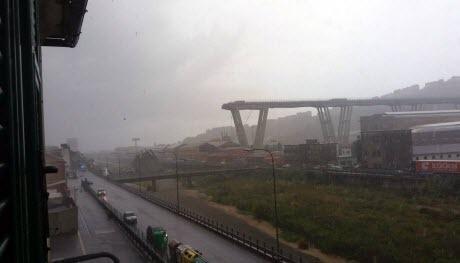 В Генуе обрушился автомобильный мост (ВИДЕО)