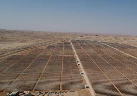 Самая большая в мире солнечная электростанция заработает в пустыне