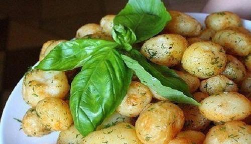 Мамины секреты «Запеченная картошка со специями»