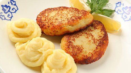 """Мамины секреты """"Рыбные котлеты с картофельным пюре"""""""