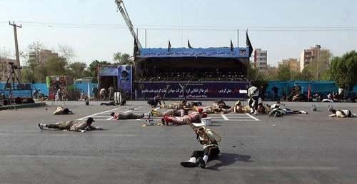Теракт на военном параде в Ираке